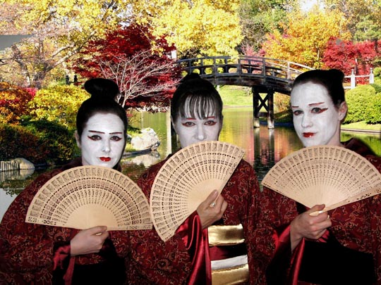 three-geishas.jpg